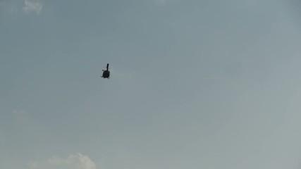 l'arrivo dell'elicottero