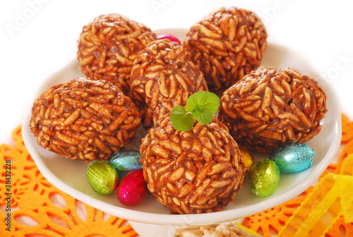 toffee and puffed rice eggs