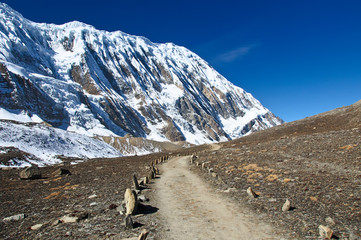 A beauty trail to the lake Tilicho in Nepal