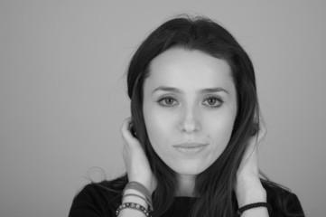 girl - black/white portrait