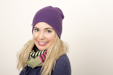 A pretty woman with winter clothes