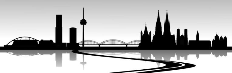 Skyline Köln mit Autobahn