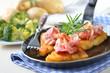 Knusprige Kartoffelrösti mit Speck
