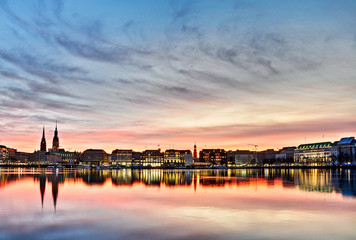 Hamburg Alster am Abend