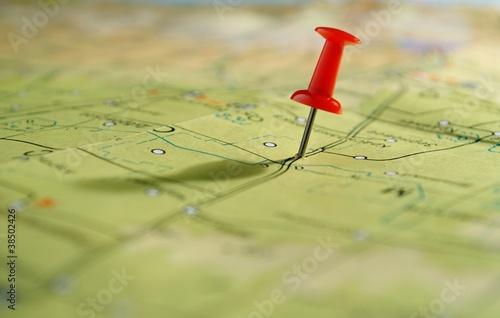 mapa i pinezka