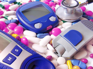 Device for  blood sugar level and pills , stethoscope