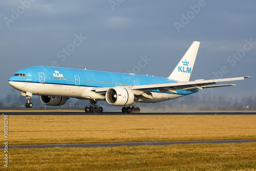 KLM - 38530298