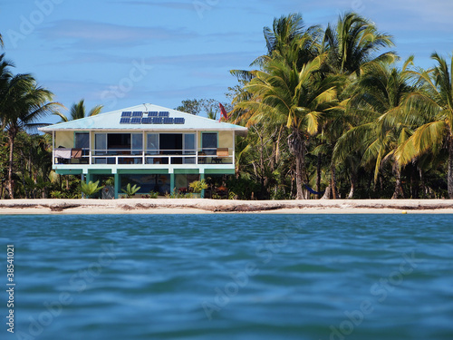 Fotobehang Centraal-Amerika Landen Tropical off-grid house