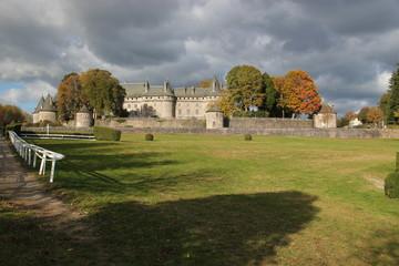 Hippodrome et chateau de Pompadour.
