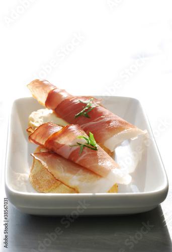 Ham Crostini