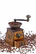 Kaffee. Kaffeebohnen und Kaffeemühle