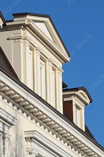 Neoklassizistische Dachgaube