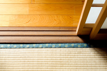 フローリングと畳の境界