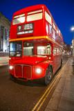 Fototapeta Brytanii - brytyjski - Autokar