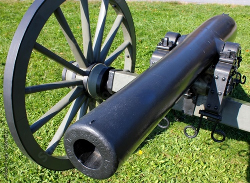 closeup view of a gettysburg cannon