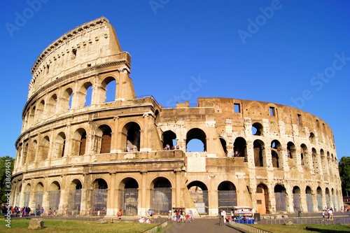 Poster The iconic ancient Colosseum of Rome