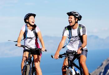 bike couple