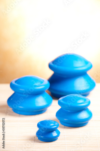 Cupping rubber glass