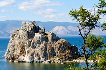 Гора Шаманка на озере Байкал
