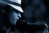 Saxophonist auf Bühne
