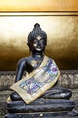 small buddha bronze