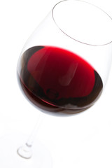 Ausschnitt von Rotweinglas