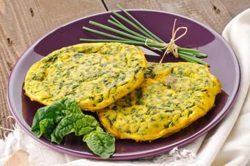 Frittata con spinaci e erba cipollina - Omelette with spinach