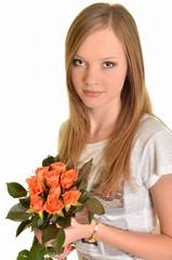 fille avec roses