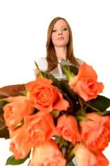 St Valentin fille avec  roses