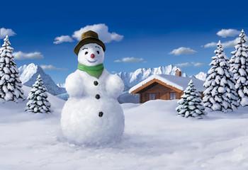 Schneemann und Berge