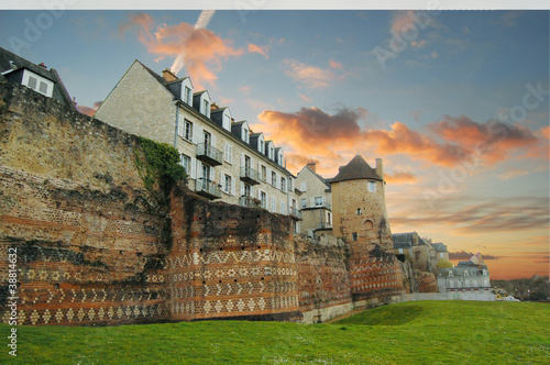 historical buildings in Le Mans - 38814632