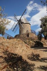 Moulin à vent.