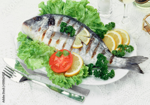 Orata alla griglia - Grilled black sea bass