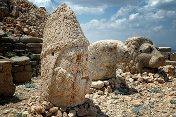 God heads on Mount Nemrut, Turkey