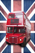 Bus rouge londonien, fond Union Jack