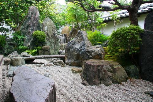 Jardin zen de temple Daitoku-ji à Kyoto