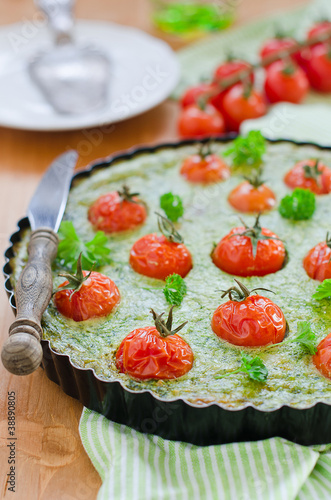 Spinat-Tomaten Quiche