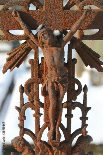 Poster crucifixion rouillée.