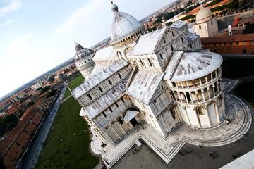 Vista del Duomo di Pisa da sopra la Torre Pendente