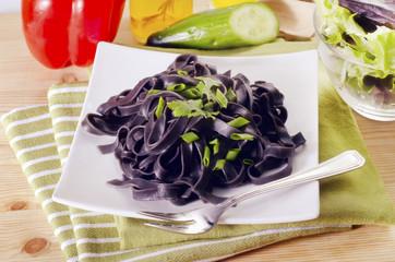 black noodle