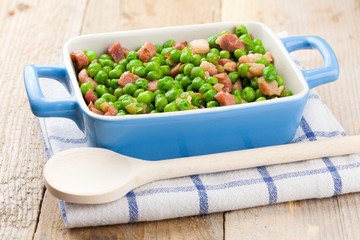 Peas with bacon and ham