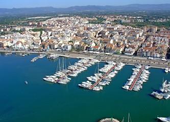 Cambrils puerto deportivo, tarragona, españa, fotografia aerea