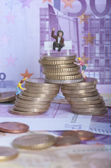 euro, geld, wirtschaft, bargeld mit figuren