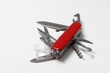 Aufgeklapptes Schweizer Taschenmesser