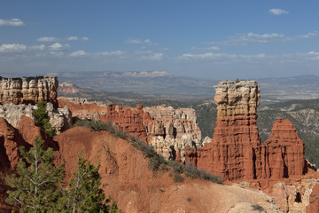 Great spires carved away by erosion in Bryce Canyon, Utah USA.