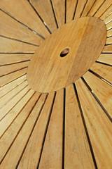 table en teck ensoleillée  # 05