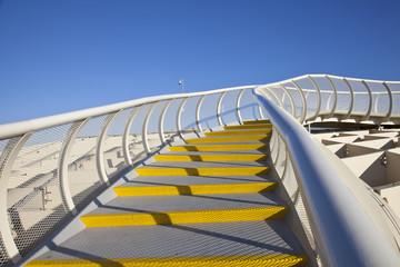 Escaleras en el Metropol Parasol de Sevilla