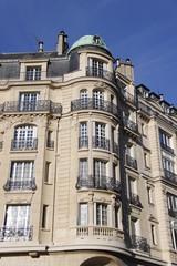 Paris08 - Immeuble