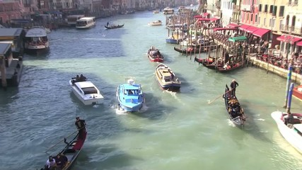 venezia canal grande barche