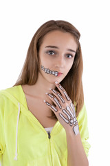 Teenage girl with skeleton face paint